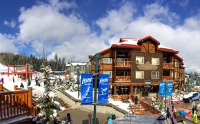 Cornerstone Lodge Fernie Alpine Resort Plaza