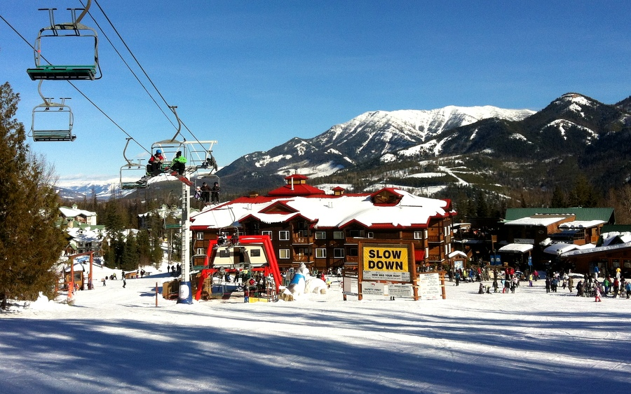 Photo gallery cornerstone lodge fernie alpine resort for The alpine lodge